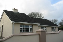 SINGLE STOREY HOUSE FOR SALE NEAR KNIGHTSTOWN VALENTIA ISLAND.
