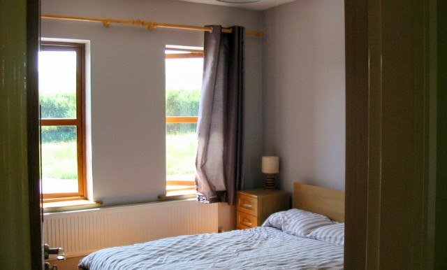 ref430bedroom1