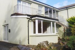 FOR SALE GROUND FLOOR APARTMENT – no2 COOLS HOUSE, BALLINSKELLIGS.