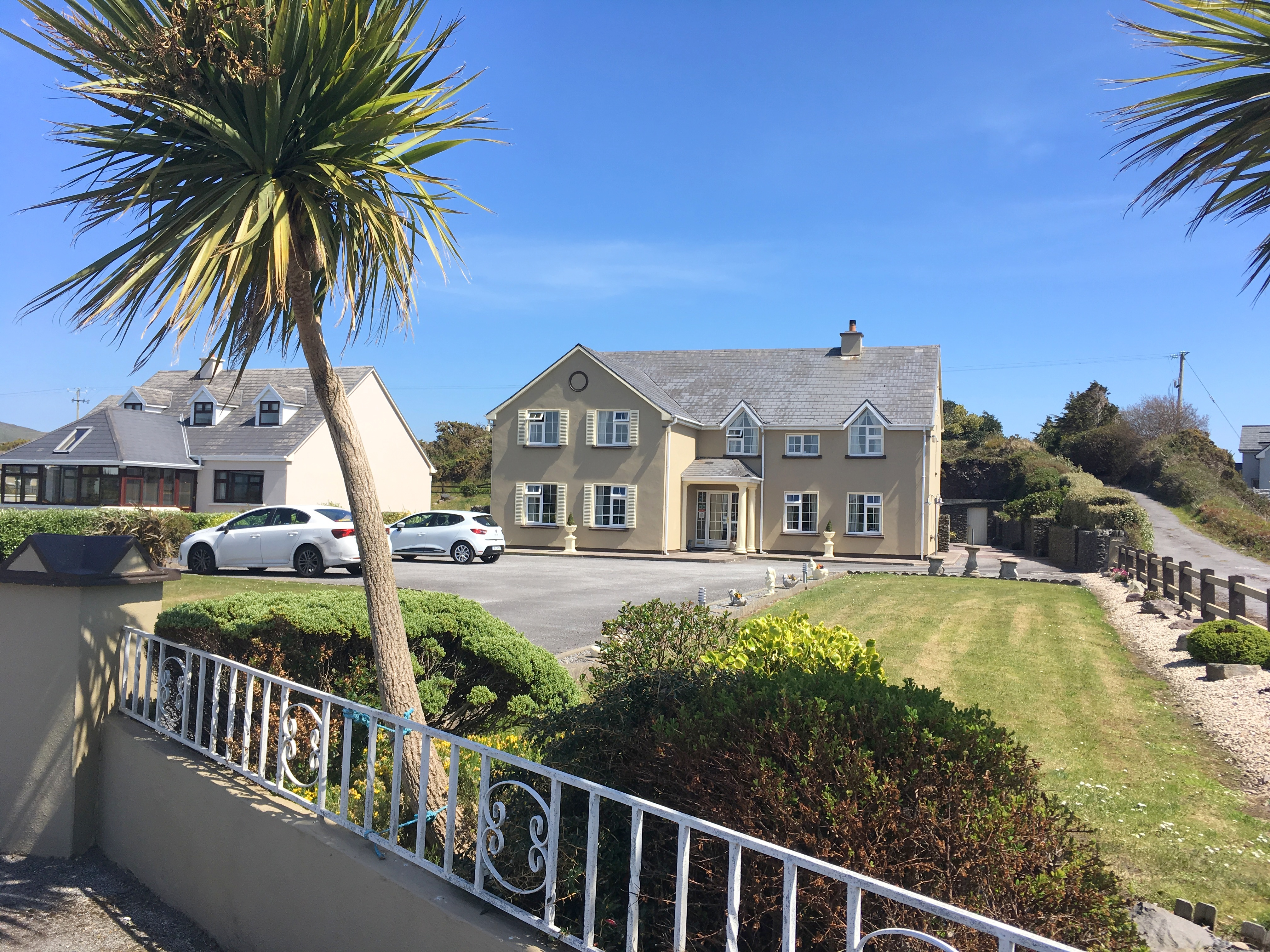 FOR SALE – O'Gradys Guest House – Waterville