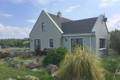 DETACHED HOUSE FOR SALE ~ AT WATERVILLE