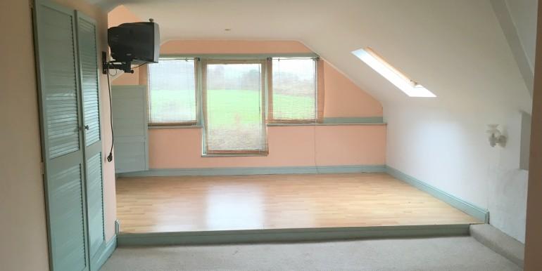 bedroomupstairs