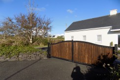 For Sale – Teach Fhionaon, Dungeagan, Ballinskelligs.
