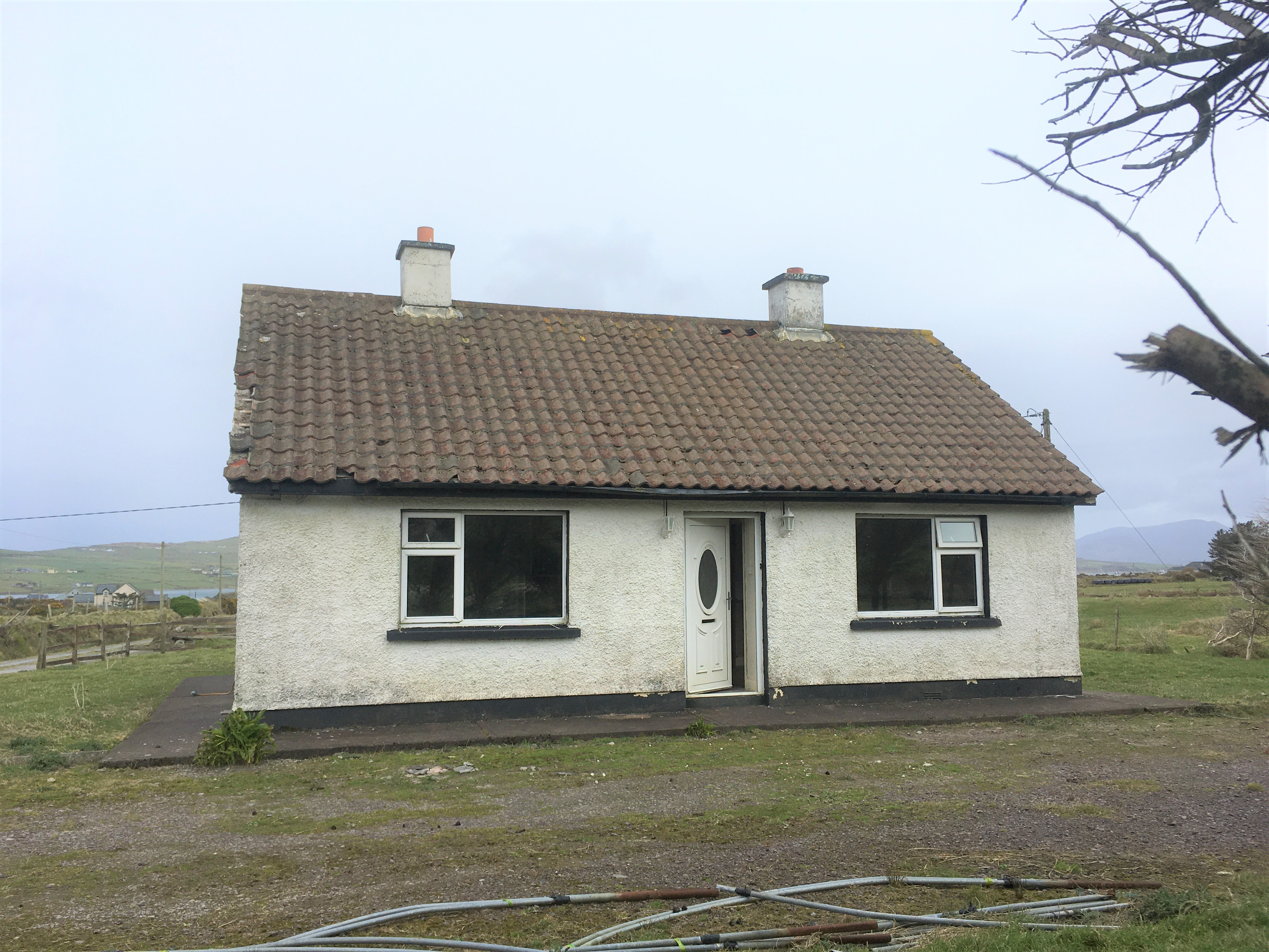 Cottage with 1.3 acres of Land at Doory Portmagee V23 X436