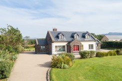 """FOR SALE ~ """" Lanesra"""" – Cliff Road, Waterville, V23 T449 Walking distance to Beach and Waterville Golf Links"""